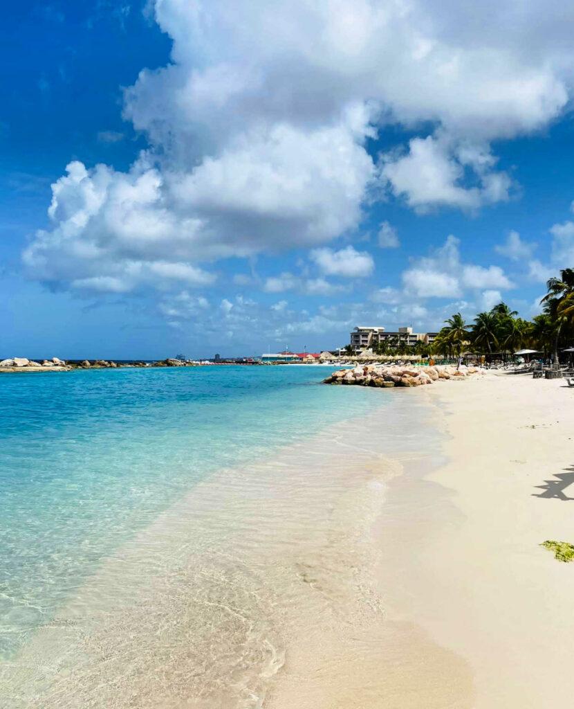 Mambo Curacao strand
