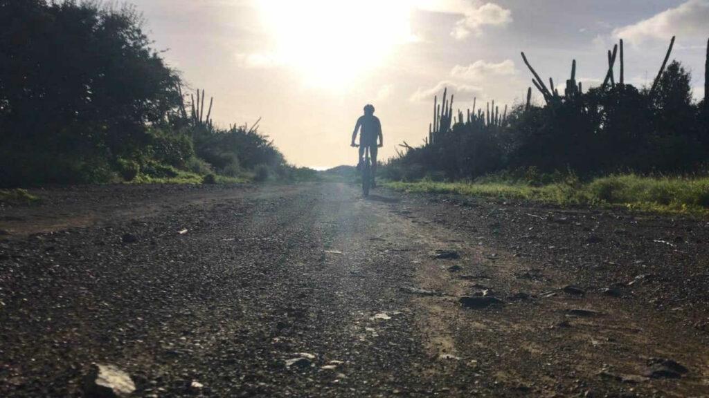 mountainbiken op curacao